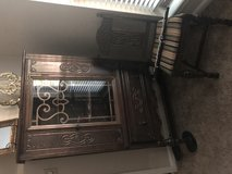 Antique table w/hutch and 6 chairs in Houston, Texas