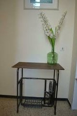 End table made from antique sewing machine LADA SEWINGMACHINE BASE  fixed Wooden top * STABLE  *... in Wiesbaden, GE