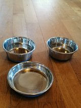 Rubber bottomed mini pet bowls and dish in Ramstein, Germany