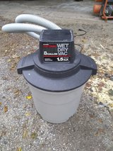 8 gallon Craftsman shop vac in Naperville, Illinois