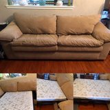 Fold out Couch in Cleveland, Texas