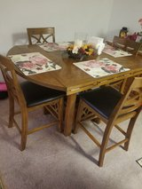 Dining Room Table w/Chairs in Camp Pendleton, California