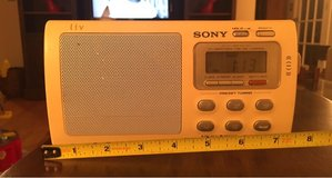 Sony Portable AM/FM Radio in Batavia, Illinois