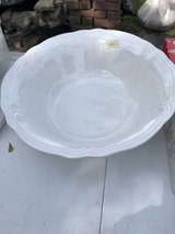 Bowl Large Serving in Orland Park, Illinois