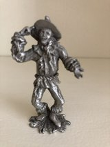 """Pewter Scarecrow """"Wizard of Oz"""" Figurine - 1998 Comstock in St. Charles, Illinois"""