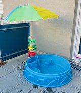 Toddler splash pool with umbrella in Stuttgart, GE