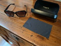 Coach Women's Sunglasses W/ case &cloth in Okinawa, Japan
