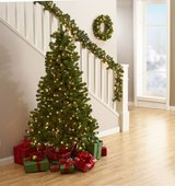 SALE PENDING - 3 Piece pre-lit Christmas Tree, Wreath, & Garland in Fort Polk, Louisiana