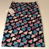 LuLaRoe Triangle Skirt,  medium in Alamogordo, New Mexico