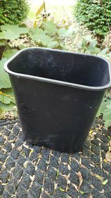 Black Waste Can in Naperville, Illinois