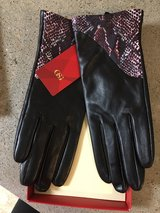 Leather Gloves in Cleveland, Texas