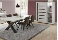 United Furniture - Ludovic Dining Set including delivery in Ramstein, Germany
