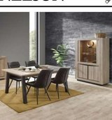 United Furniture - Nelson Dining Set including delivery in Ramstein, Germany