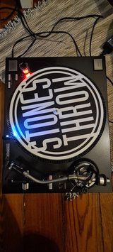Two Reloop RP-7000 MK1 Turntables (with needles) in Wiesbaden, GE