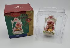 2005 Carlton Cards Strawberry Shortcake Easy As Pie Ornament Strawberry Scented in Chicago, Illinois
