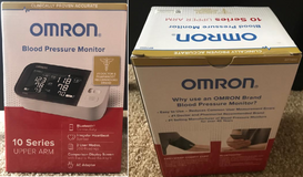Omron 10 Series Wireless Upper Arm Blood Pressure Monitor in St. Charles, Illinois