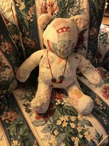 quilted bear in Bartlett, Illinois