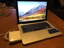MacBook Pro 13 inch 2011 core i7 in Travis AFB, California