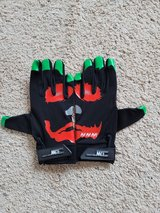 Joker Gloves - NEW in Camp Lejeune, North Carolina