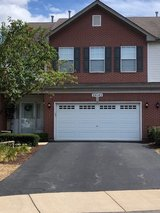 3BR / 2Car Townhome for Rent (119th / Route 59) in Joliet, Illinois