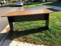 "Desk 60""x30""x30"" in St. Charles, Illinois"
