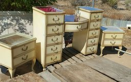 Vanity dresser w2 nighttables & mirror in Yucca Valley, California