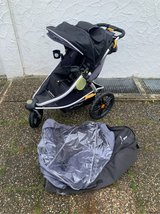 Burley Jogging Stroller with Travel Bag and Rain Cover in Stuttgart, GE