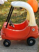 Little Tikes Cozy Coupe Ride on Child Size Car Tykes in Orland Park, Illinois
