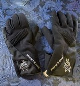 GLOVES-WOMENS MOTORCYCLE in Fort Lewis, Washington