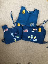 Daisy vests (smock style) with patches in Stuttgart, GE