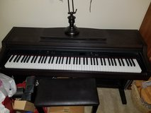 Yamaha Clavinova CLP-820 Electric Piano in Aurora, Illinois