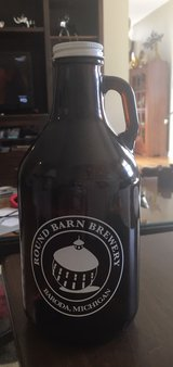 .95 Liter Growler in Yorkville, Illinois