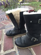 shoes UGGs in Bartlett, Illinois
