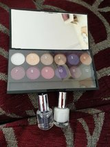 I-divine vintage romance 141 makeup and 2 nail varnish used once in Lakenheath, UK