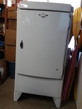 "Apartment Size Refrigerator White ""Used"" in Yucca Valley, California"