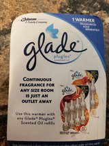 Glade  PlugIn Warmer in Aurora, Illinois