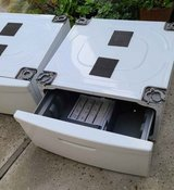 PEDESTALS ( Drawer ) For SAMSUNG Washer And Dryer in Camp Pendleton, California