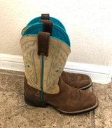 Kids Ariat cowboy boots in Conroe, Texas