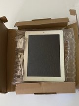 APPLE iPad 2 Cellular 64GB Retail $629 in Yucca Valley, California