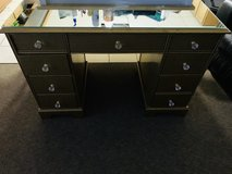 Beautiful Makeup vanity/ Desk in Plainfield, Illinois