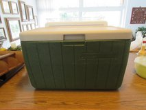 Coleman Cooler Forrest Green with Beige Lid in Ramstein, Germany
