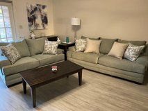 Lane Furniture 8022 Annabelle 2-Piece Living Room Set with Pillows in Fort Polk, Louisiana