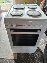 single oven,with grill in Lakenheath, UK