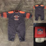 Chicago Bears baby outfit (3-6 months) in St. Charles, Illinois