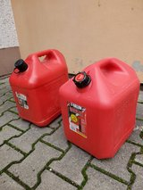 Gasoline tank 5 Gallon in Ramstein, Germany