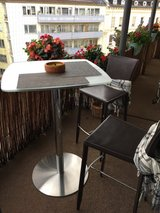 PCS: Glass High Table w/Chairs in Heidelberg, GE