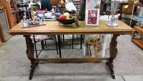 Table-Sofa/Console in Clarksville, Tennessee