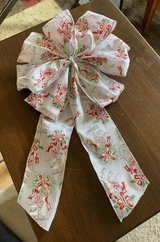 Holiday Bow in St. Charles, Illinois