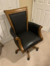 Executive Office Chair in St. Charles, Illinois