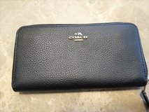 Authentic Coach Accordion Zip Wallet in The Woodlands, Texas
